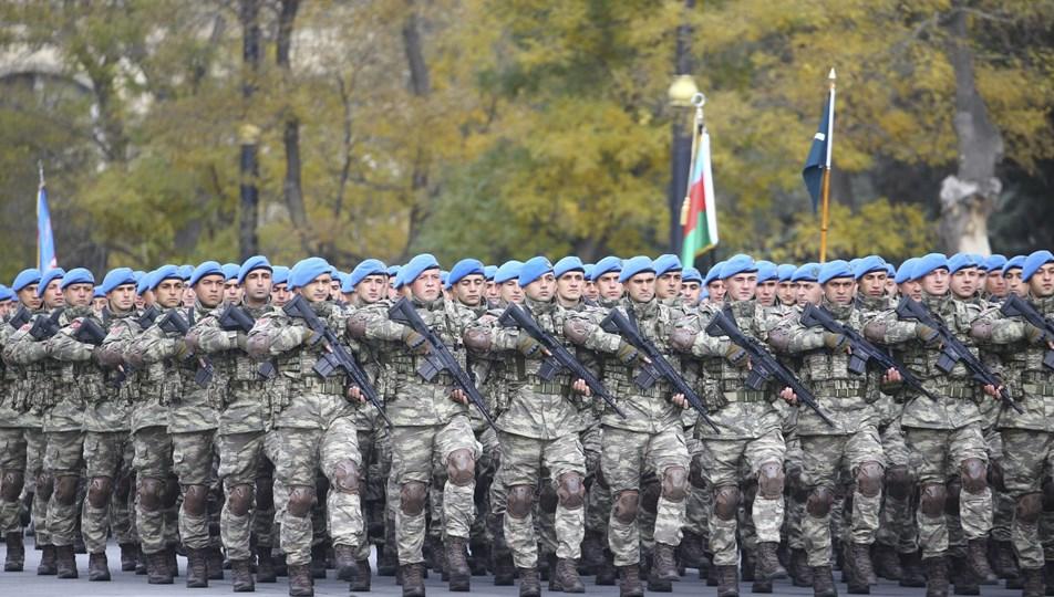 SON DAKİKA HABERİ: Tuğgeneral komutasındaki askerler Azerbaycan'a gitti