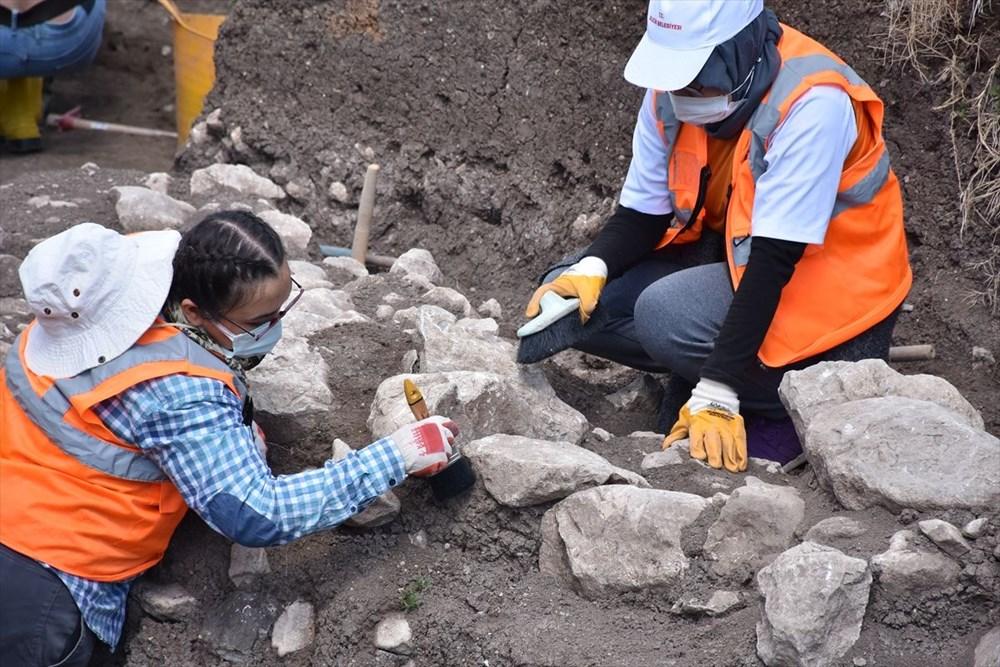 Bilecik'teki kazılarda 9 bin yıl öncesine ait yaşam alanları gün yüzüne çıkarıldı - 6