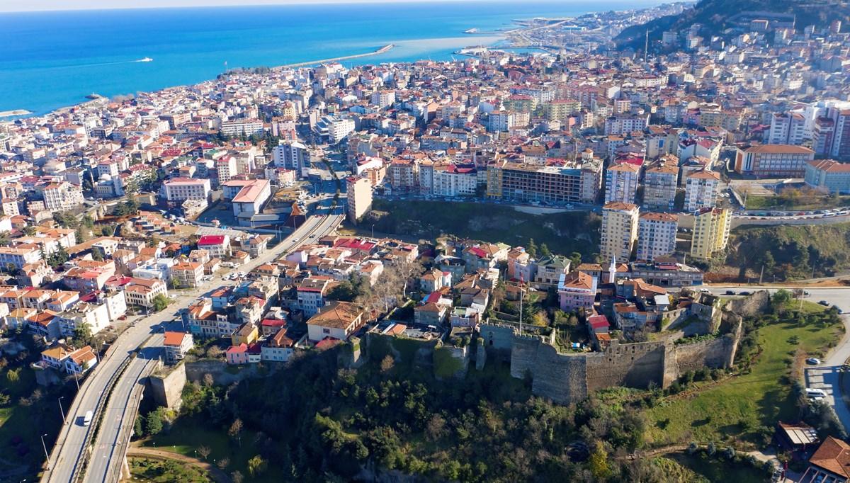 Trabzon'da gıda zehirlenmesi şüphesiyle 50 üniversite öğrencisi hastaneye başvurdu