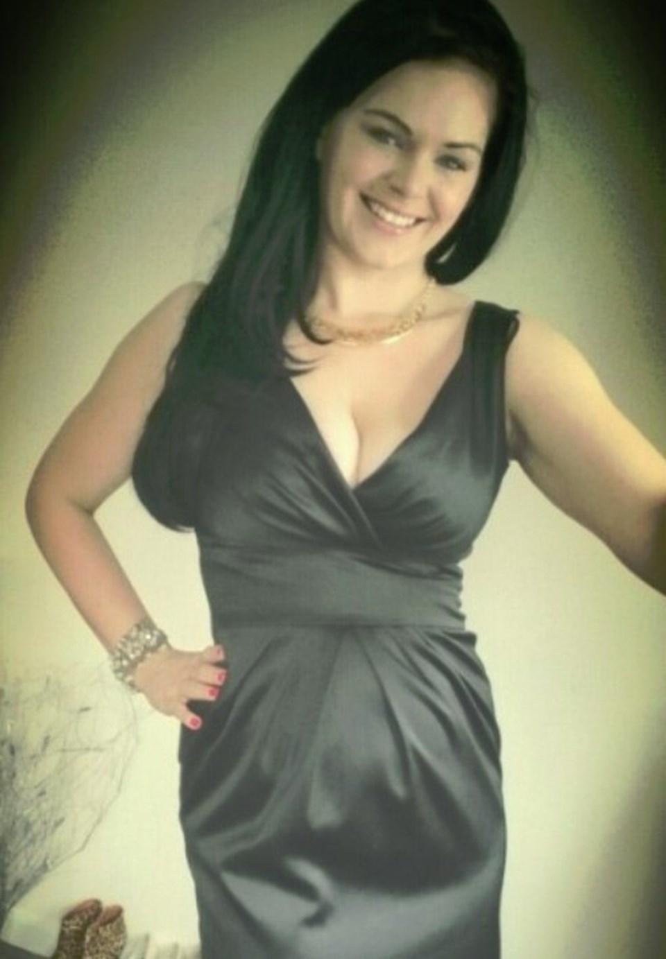 Samantha Sharrat (29)