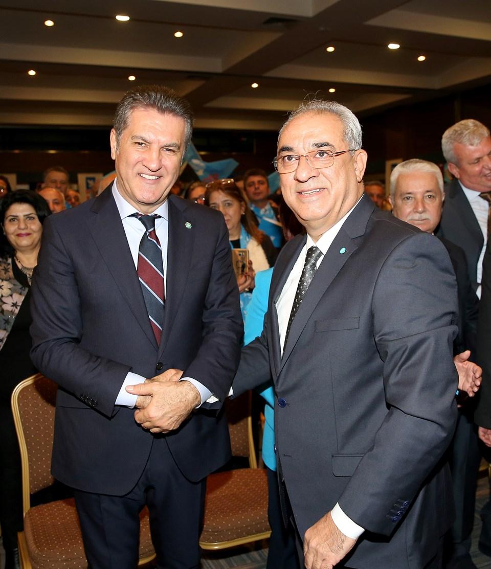 DSP'nin Şişli Belediye Başkan Adayı Mustafa Sarıgül (solda) veDSP Genel Başkanı Önder Aksakal