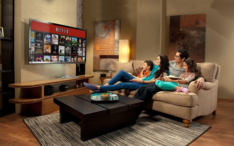 2015 yılında hizmet verdiği 60'a yakın ülkede 70 milyon eve giren Netflix, hızla yükselen bir grafik çiziyor.