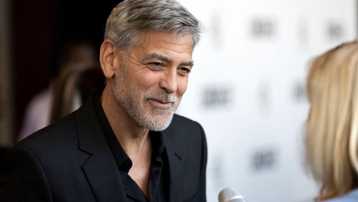 Julianna Margulies: George Clooney ile dizi setinde gerçek aşkı yaşadık