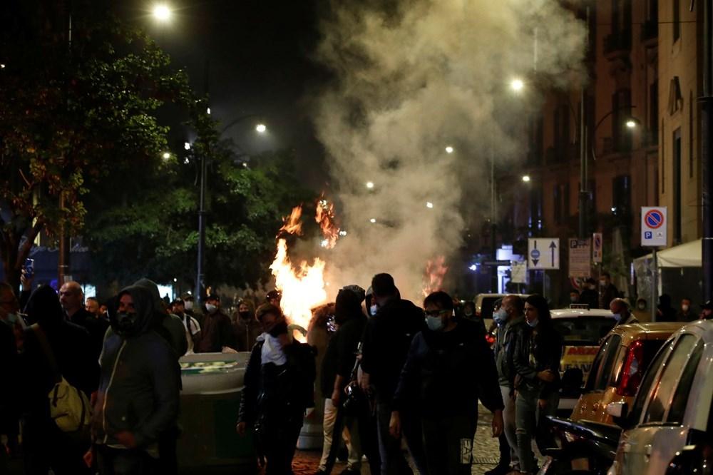 İtalya'nın Napoli kentinde sokağa çıkma yasağı olaylı başladı - 4