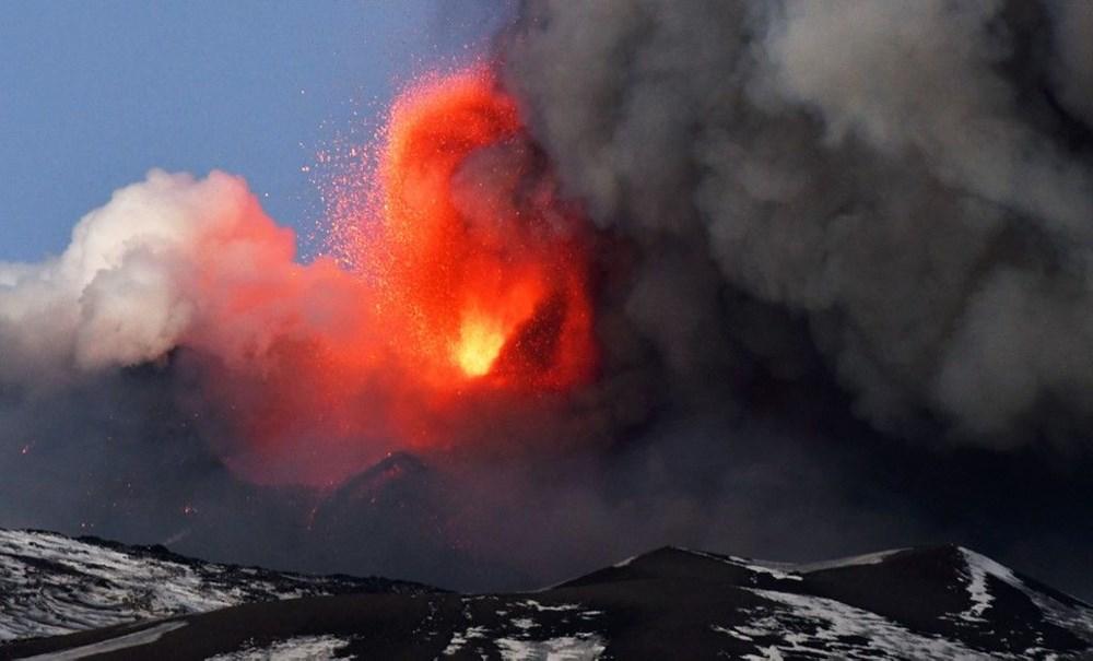 Etna Yanardağı, son bir haftada 6 kez faaliyete geçti - 6