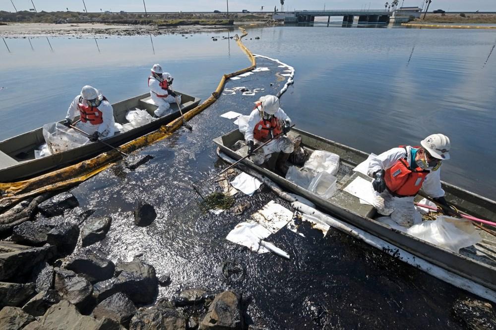 California'da çevre felaketi: Sahil petrolle kaplandı - 2