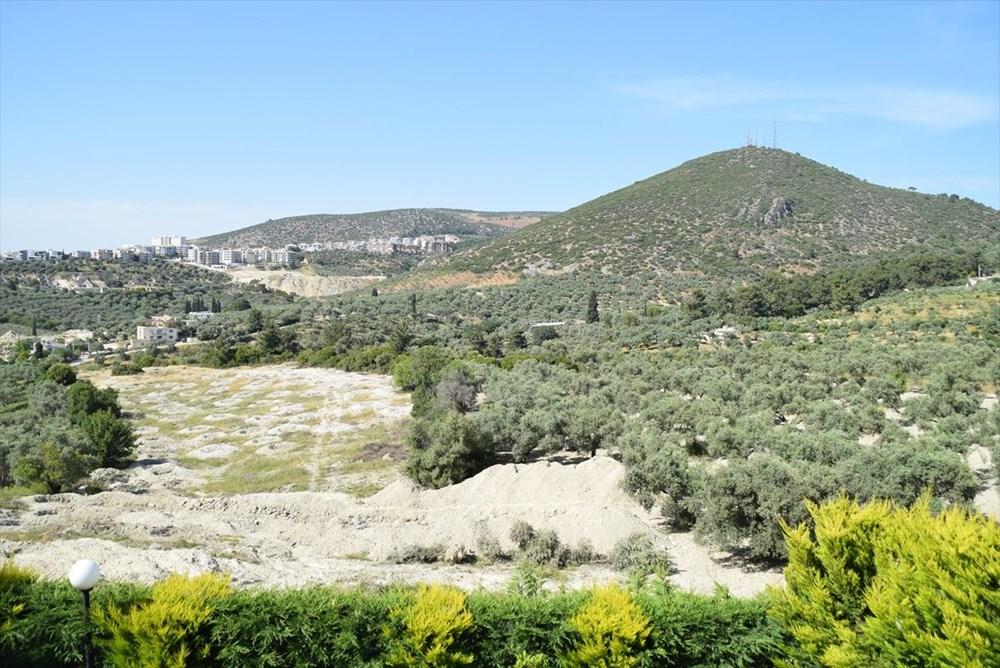 Kuşadası'nda inşaat alanındaki sondajda Milattan Önce 1'inci yüzyıla ait su kemeri bulundu - 3