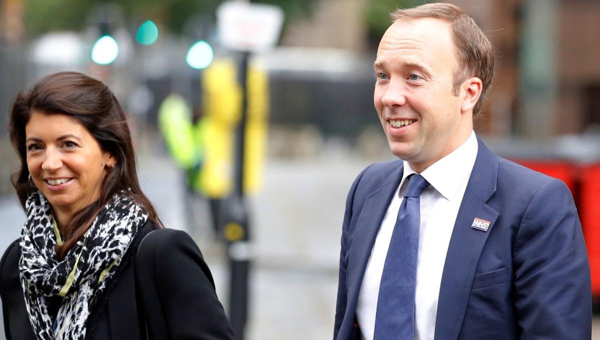 İngiltere Sağlık Bakanı Matt Hancock eşini danışmanı için terk etti