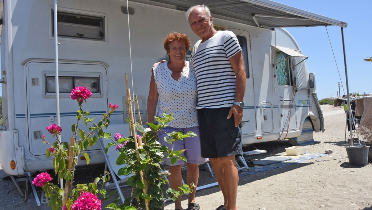 38 yıldır tatil için Fransa'dan karavanla Türkiye'ye geliyorlar!