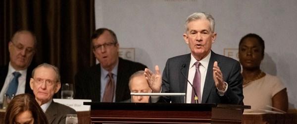"""Fed Başkanı Powell'dan """"güvercin"""" açıklamalar (Dolar değer kaybetti)"""