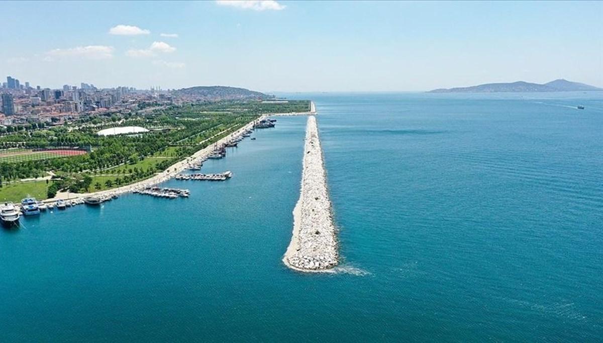Bakan Kurum: Marmara'da ilk 20 metrede artık müsilaja rastlanmıyor