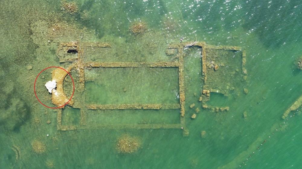 Sular çekilince 2 bin yıllık bazilikanın bir kısmı gün yüzüne çıktı - 1