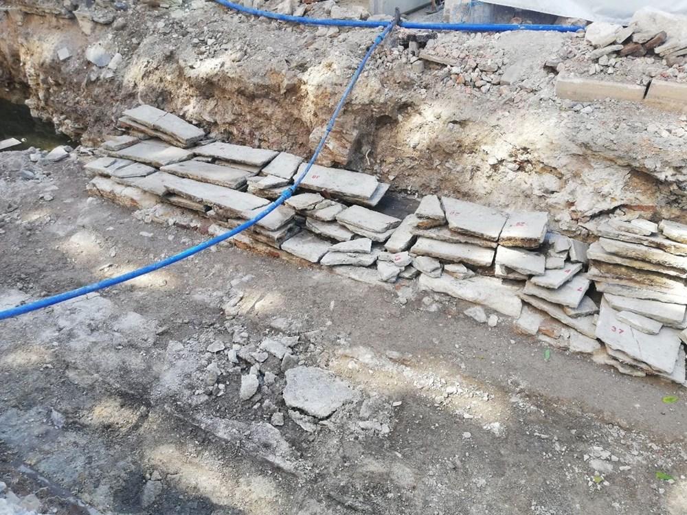 İzmir'de altyapı çalışması sırasında 300 yıllık bedesten bulundu - 2