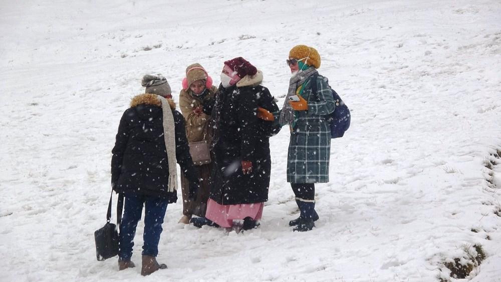 Uludağ'da kar yağışı tatilcileri sevindirdi - 5