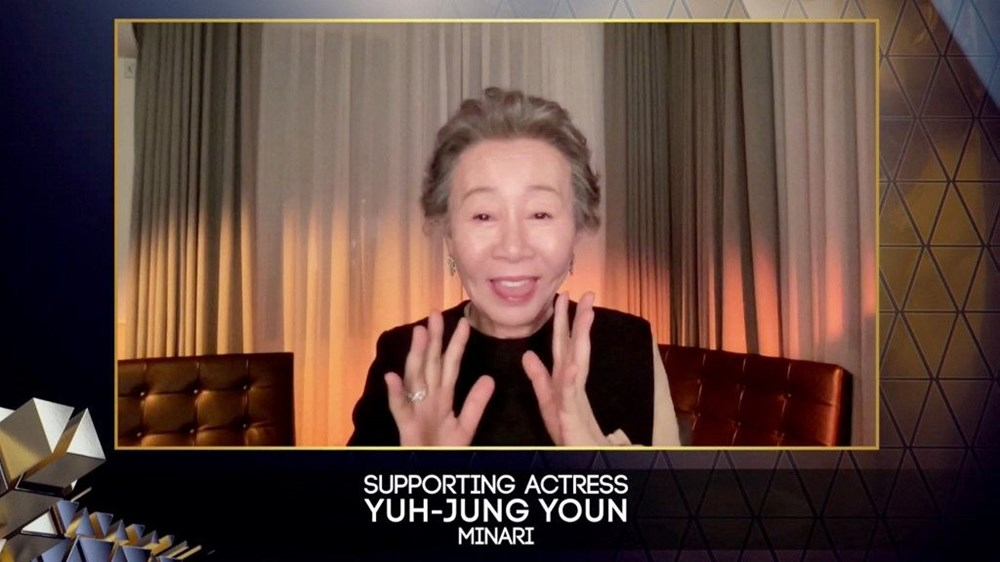 """Ən yaxşı köməkçi aktrisa - Yuh-Jung Youn, """"Minari"""""""