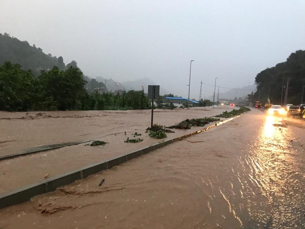 Şiddetli yağış Rize'yi de vurdu: 2 can kaybı - 5