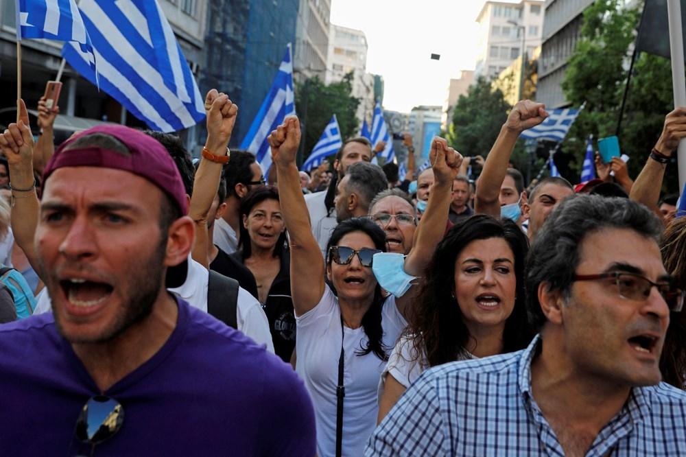 Atina'da aşı zorunluluğuna karşı düzenlenen protesto çatışmaya dönüştü: En az 25 gözaltı - 2