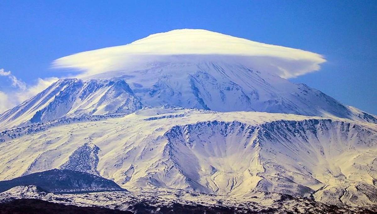 Ağrı Dağı'nda dağcıların en büyük yardımcısı: Yerli 'şerpa' köylüler