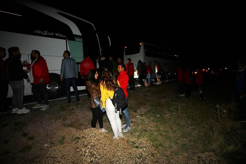 Nevşehir'de öğrencileri taşıyan otobüslerin karıştığı kazada 44 kişi  yaralandı - Son Dakika Türkiye Haberleri | NTV Haber