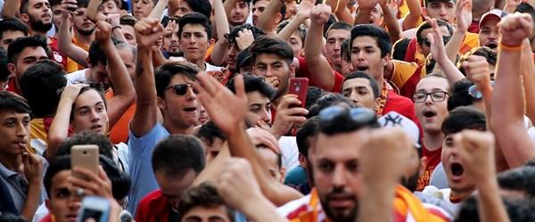 Galatasaray'da Falcao coşkusu