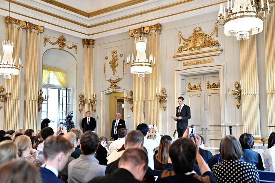 İsveç Akademisi'nden Mats Malm, Nobel Edebiyat Ödülü'nü kazananları açıkladı.