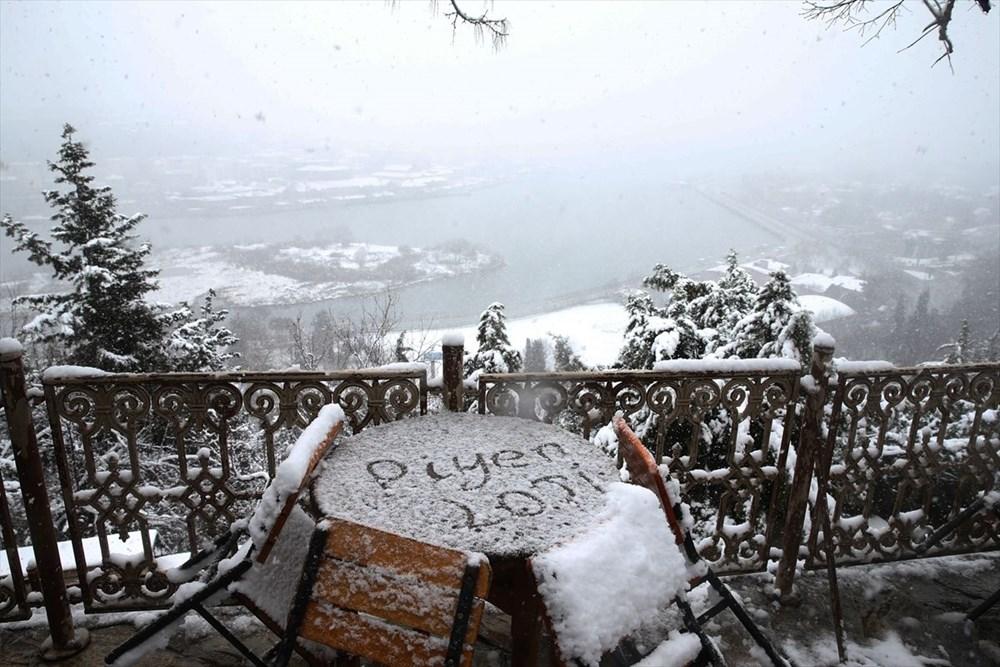 İstanbul'da kar yağışı devam ediyor - 18