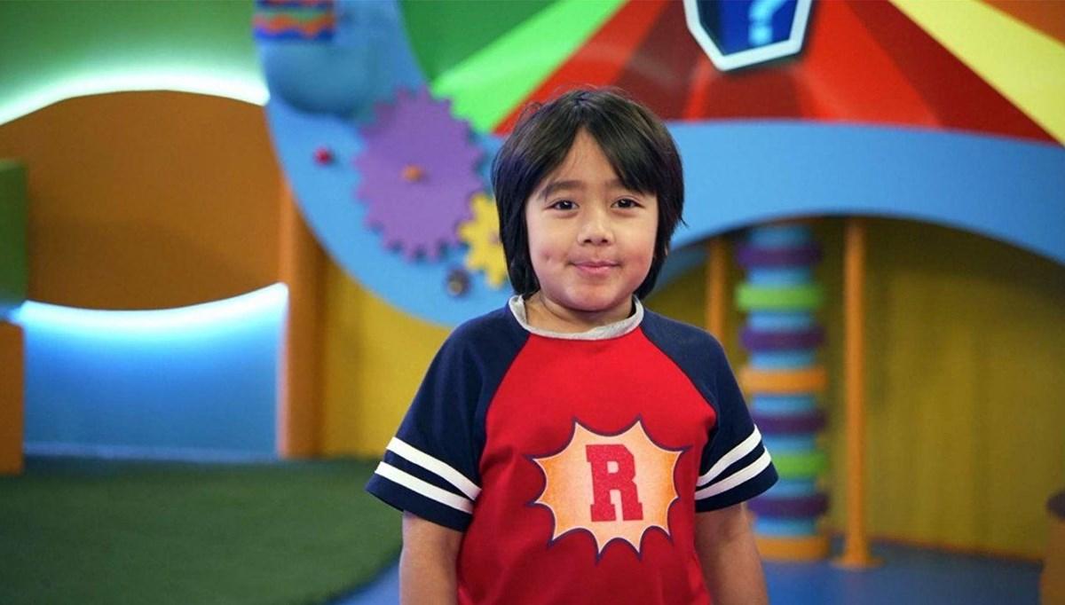 9 yaşındaki Ryan Kaji 29.5 milyon dolar kazandı (Youtube'un en çok kazananı)