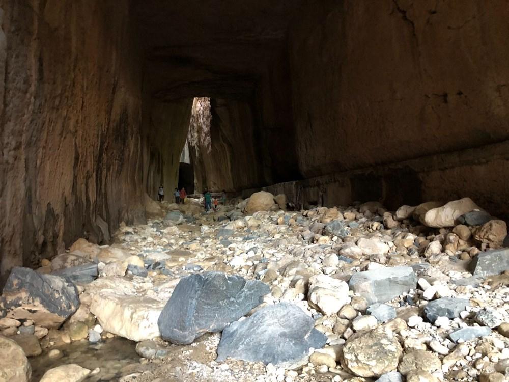 Bin esirin yaptığı mühendislik harikası 'Titus Tüneli'ne turist akını - 4