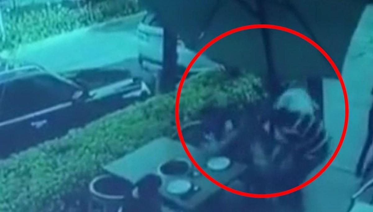 Yemek yerken hırsızlarla çatışmaya girdi