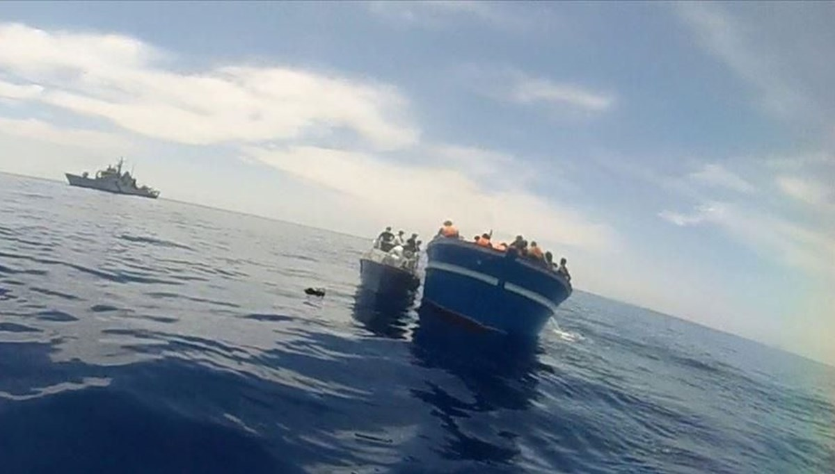 Endonezya'da balıkçı tekneleri alabora oldu: 9 ölü, 47 kayıp