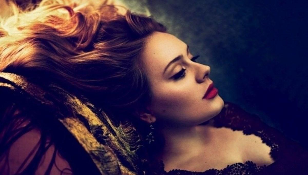 Adele beklenen albümünden ilk tanıtımını yayınladı