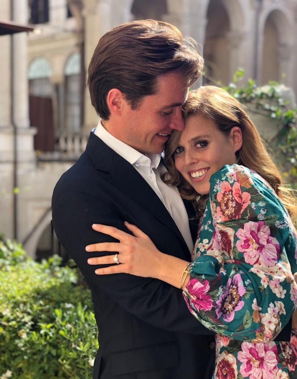 Prenses Beatrice ile Edoardo Mapelli Mozzi eylül ayında nişanlandı