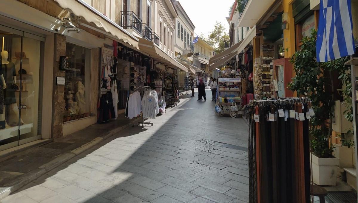 Yunanistan'dan normalleşme adımı: Dükkanlar açılıyor