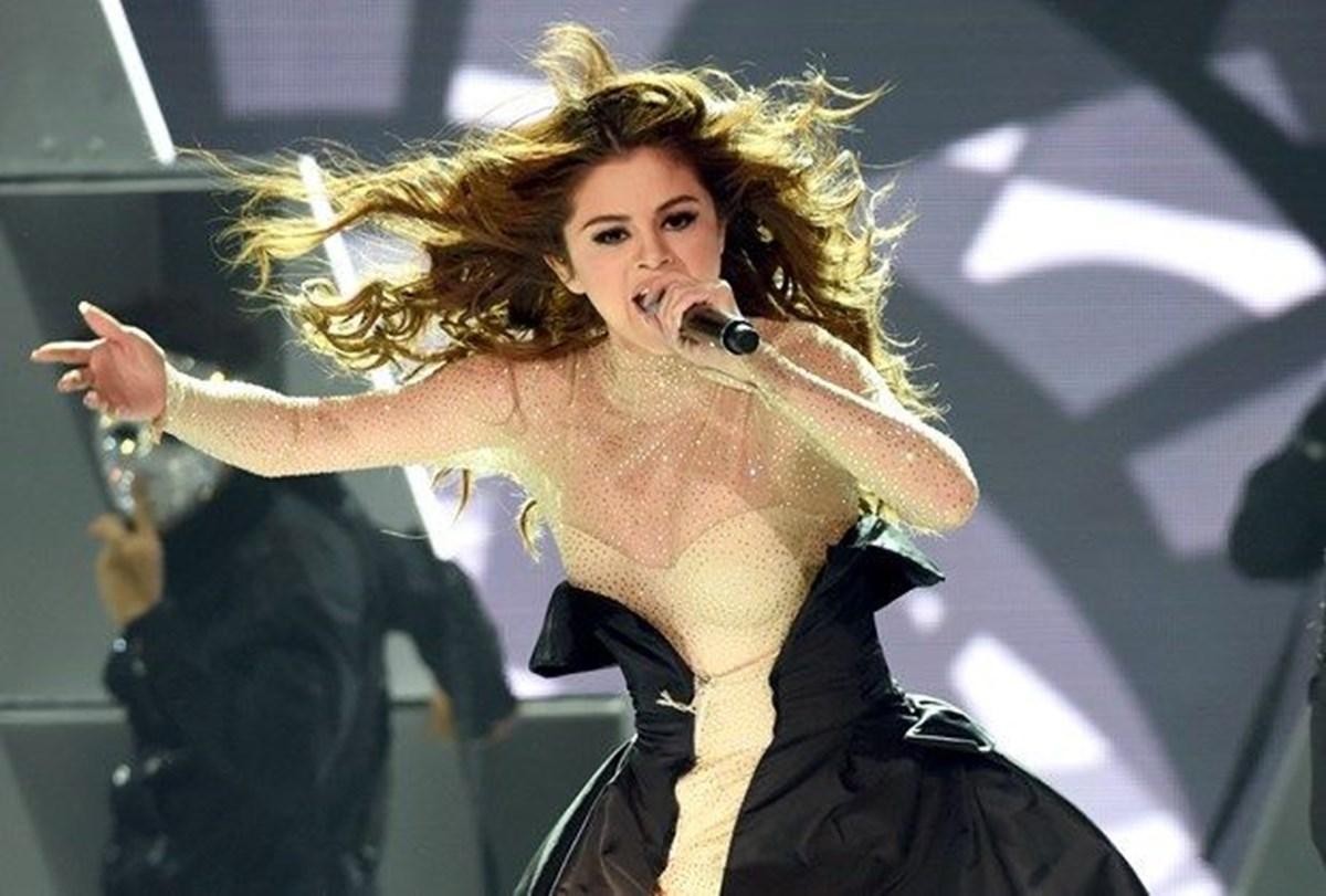 Selena Gomez hayranlarından böbrek nakli şakasına tepki