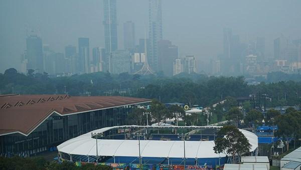 Yangınların neden olduğu hava kirliliği Avustralya Açık'a engel