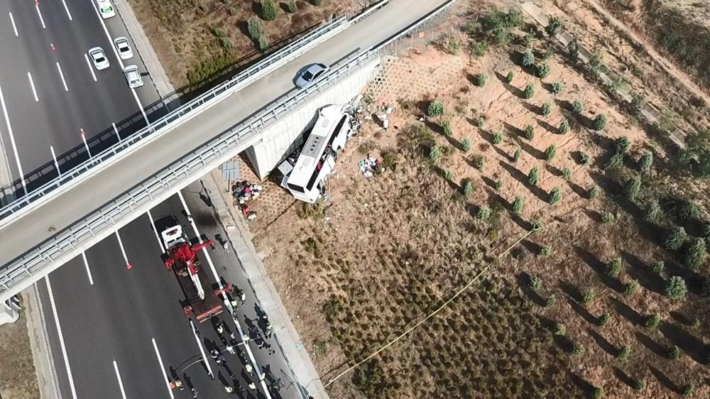 Kuzey Marmara Otoyolu'nda otobüs yoldan çıktı: 5 ölü, 25 yaralı - 15