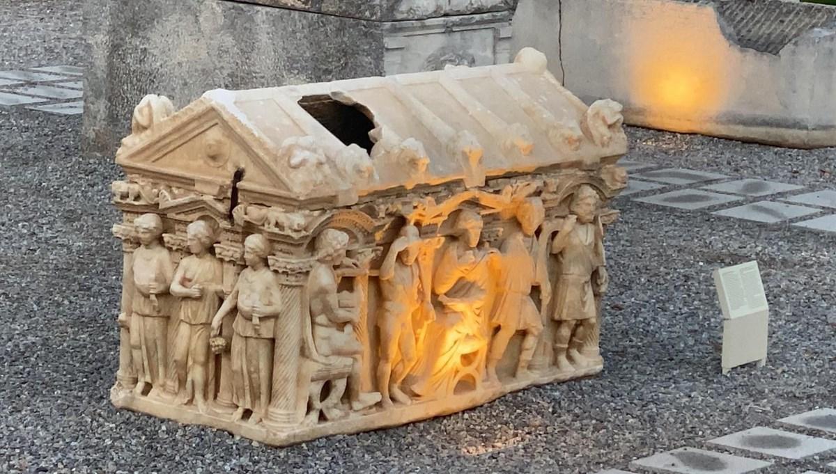 Lahit mezarlar Bursa İznik Müzesi'nde geçmişe ışık tutuyor
