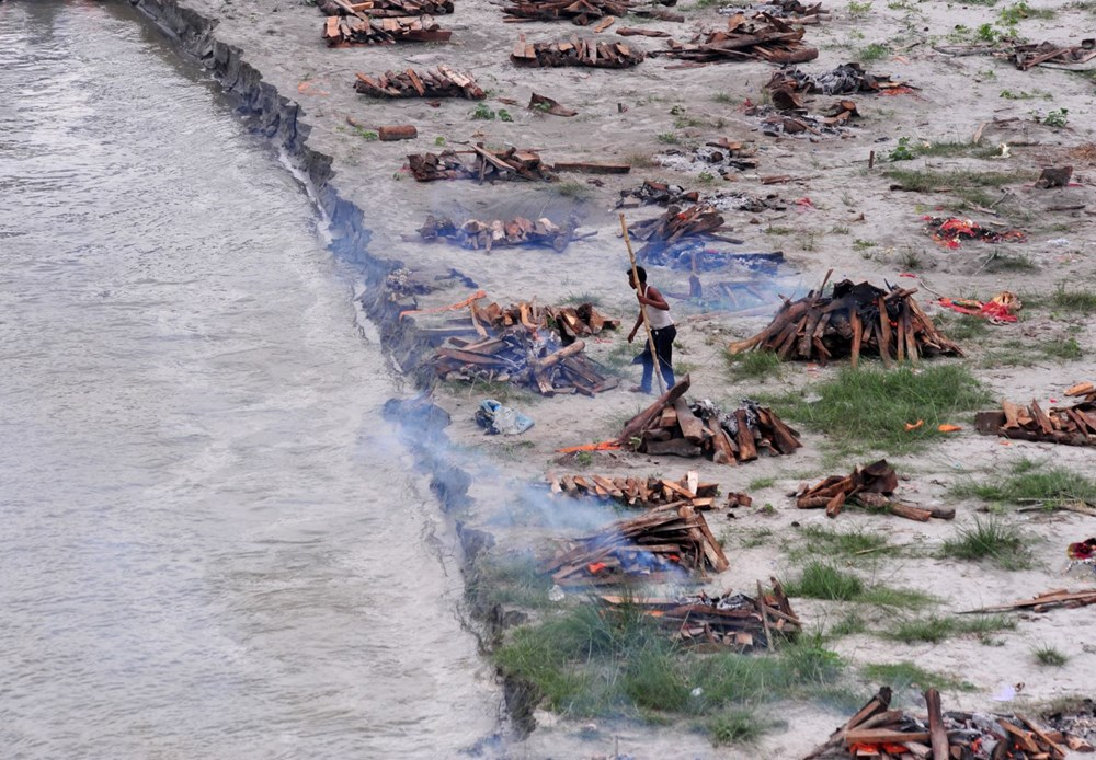 Bilim insanları hesapladı: Delta varyantının ortaya çıktığı Hindistan'da gerçek Covid-19 ölümlerinin sayısı 2 milyona yakın - 2