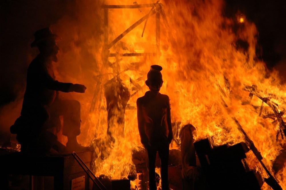 Avrupa'nın en ateşli festivali 'Las Fallas' - 7