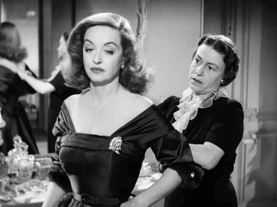 Bette Davis ve Thelma Ritter, All About Eve setinde (1950)