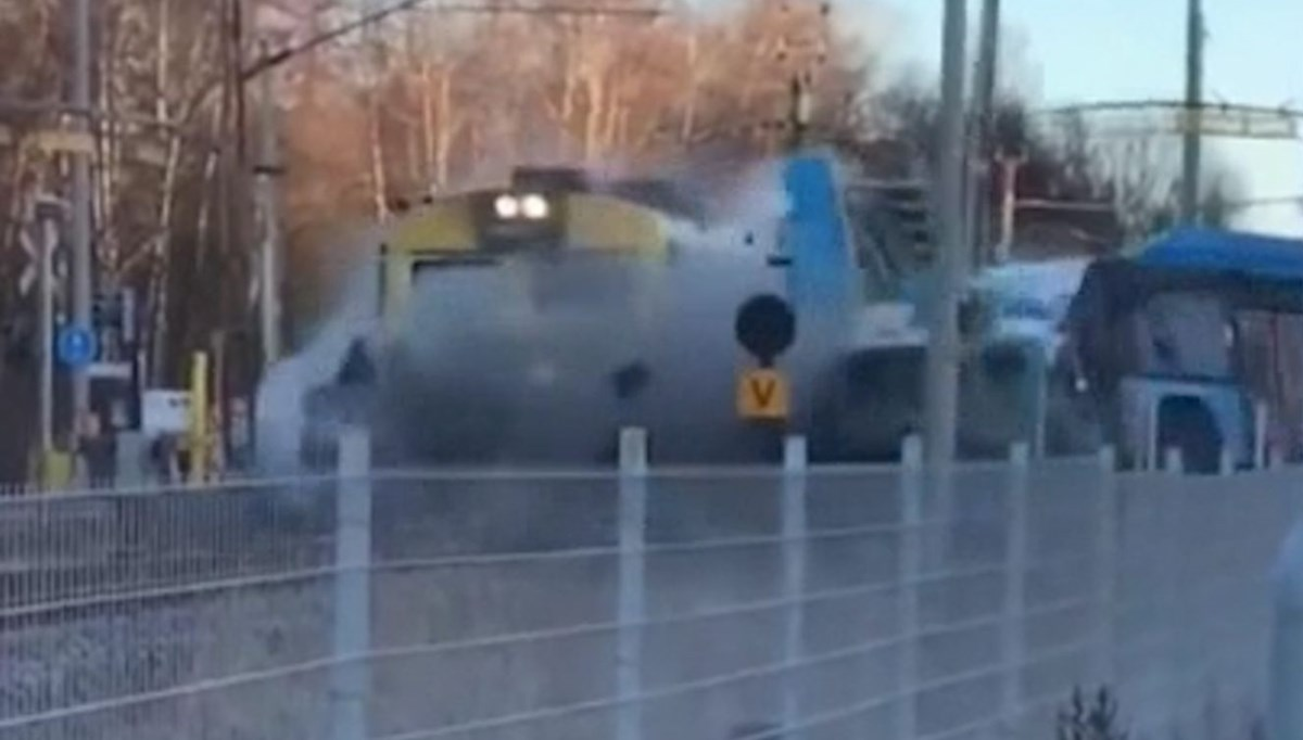 Train hit the bus at the level crossing like this