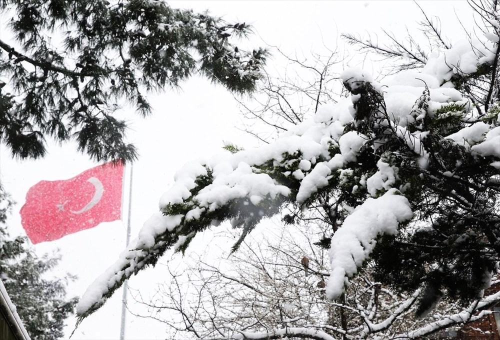 İstanbul'da kar yağışı devam ediyor - 17