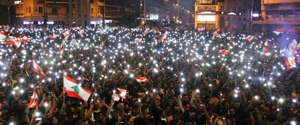 Lübnan'da hükümete istifa çağrıları (Ekonomik kriz protestoları 4'üncü gününde)