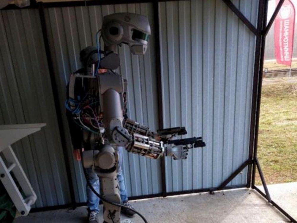 İnsansı robot Fedor: İnsanlar hakkında iyi düşünmüyorum - 6
