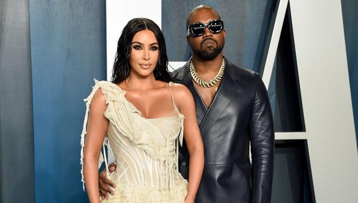 Kim Kardashian boşandıktan sonra da eşinin soyadını kullanacak