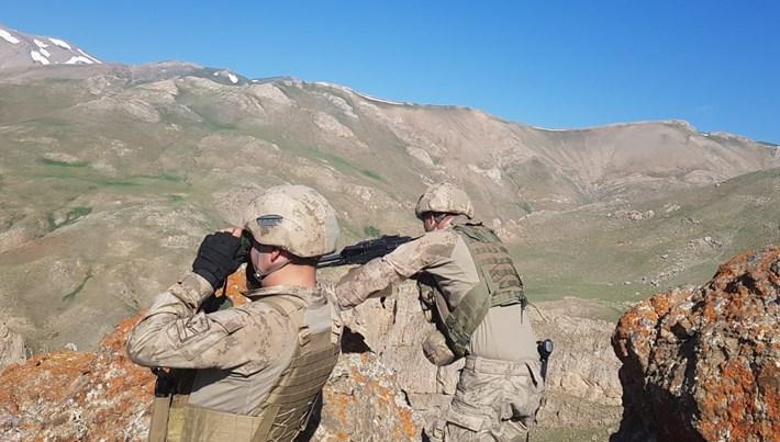 Şırnak'ta terör operasyonu:3 asker şehit,1 asker yaralı