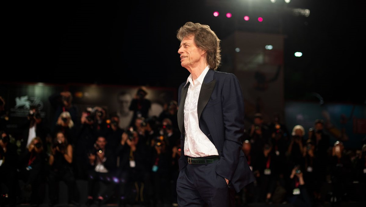 Mick Jagger karantina kararına uymadı