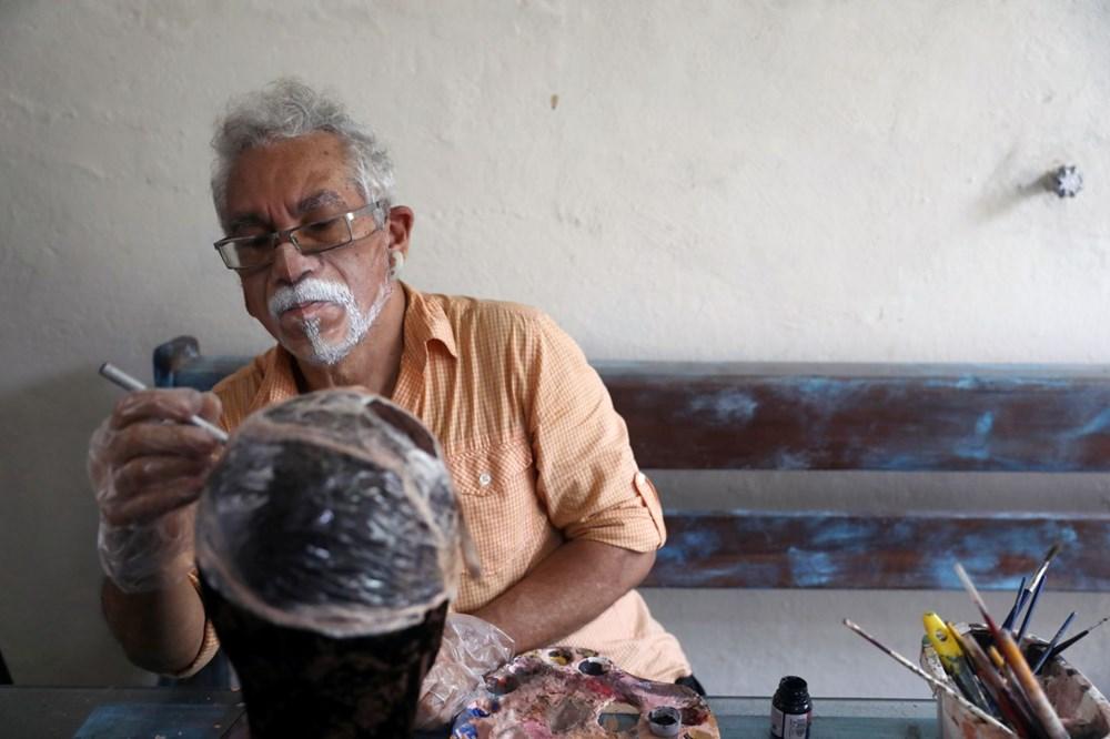Brezilyalı sanatçıdan insanların yüzlerini gerçekçi bir şekilde tamamlayan maskeler - 5
