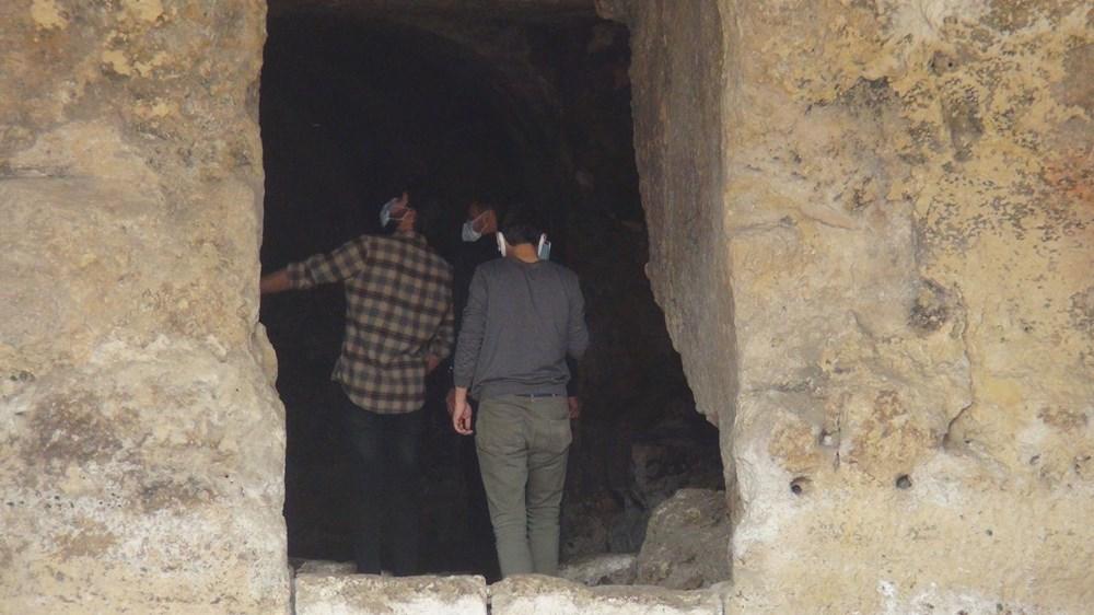 Şanlıurfa'da 2 bin yıllık tarihi kaya mezarları ziyarete açıldı - 12
