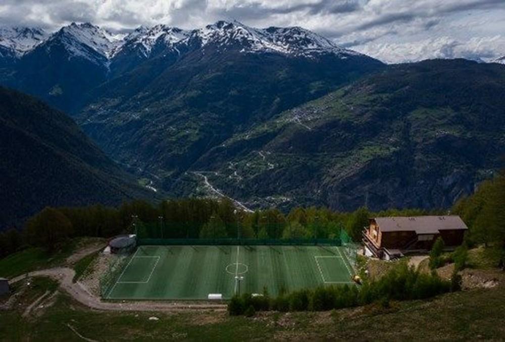 Dünyanın en ilginç futbol sahaları - 5